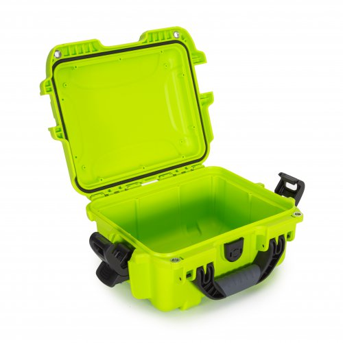 nanuk-905-lime-open-empty