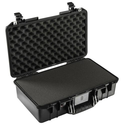 peli-015250-0000-110e-1525-air-case-black-with-foam-1
