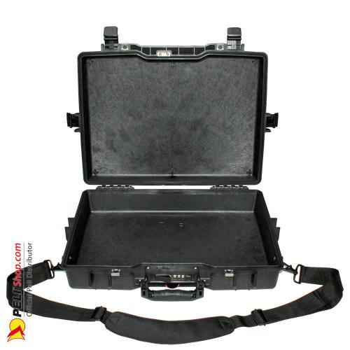 peli-1495-laptop-case-black-2