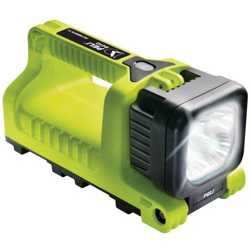 peli-9410-led-latern-yellow-1.jpg