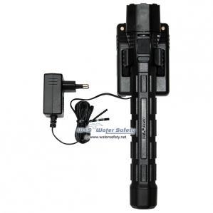 peli-8050-m11-rechargeable-black-2