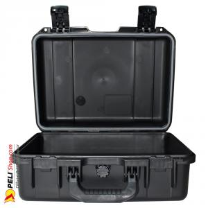 peli-storm-iM2200-case-black-2