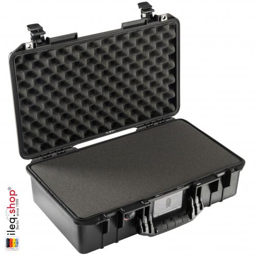 peli-1525-air-case-black-1-3
