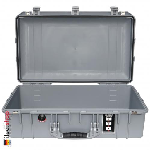 peli-1555-air-case-silver-2-3