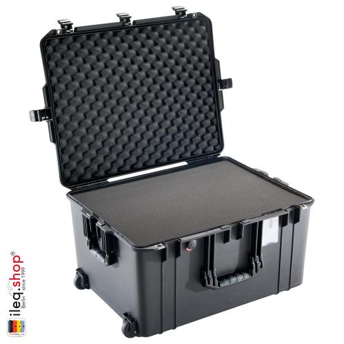 peli-1637-air-case-black-1-3