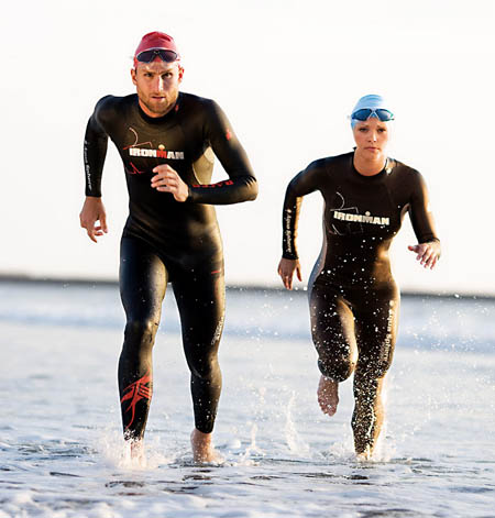 aquasphere-triathlon-schwimmanzuege-icon-wracer-450x471px.jpg