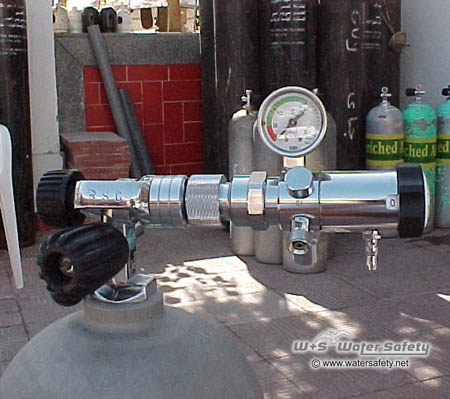 oxygen-regulator-on-tank-with-adapter-450x399px.jpg